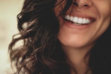 Pautas de autoexploración de la boca y detección del cáncer oral