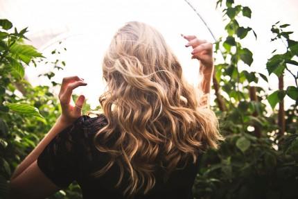 ¿Por qué cae más el cabello en otoño?