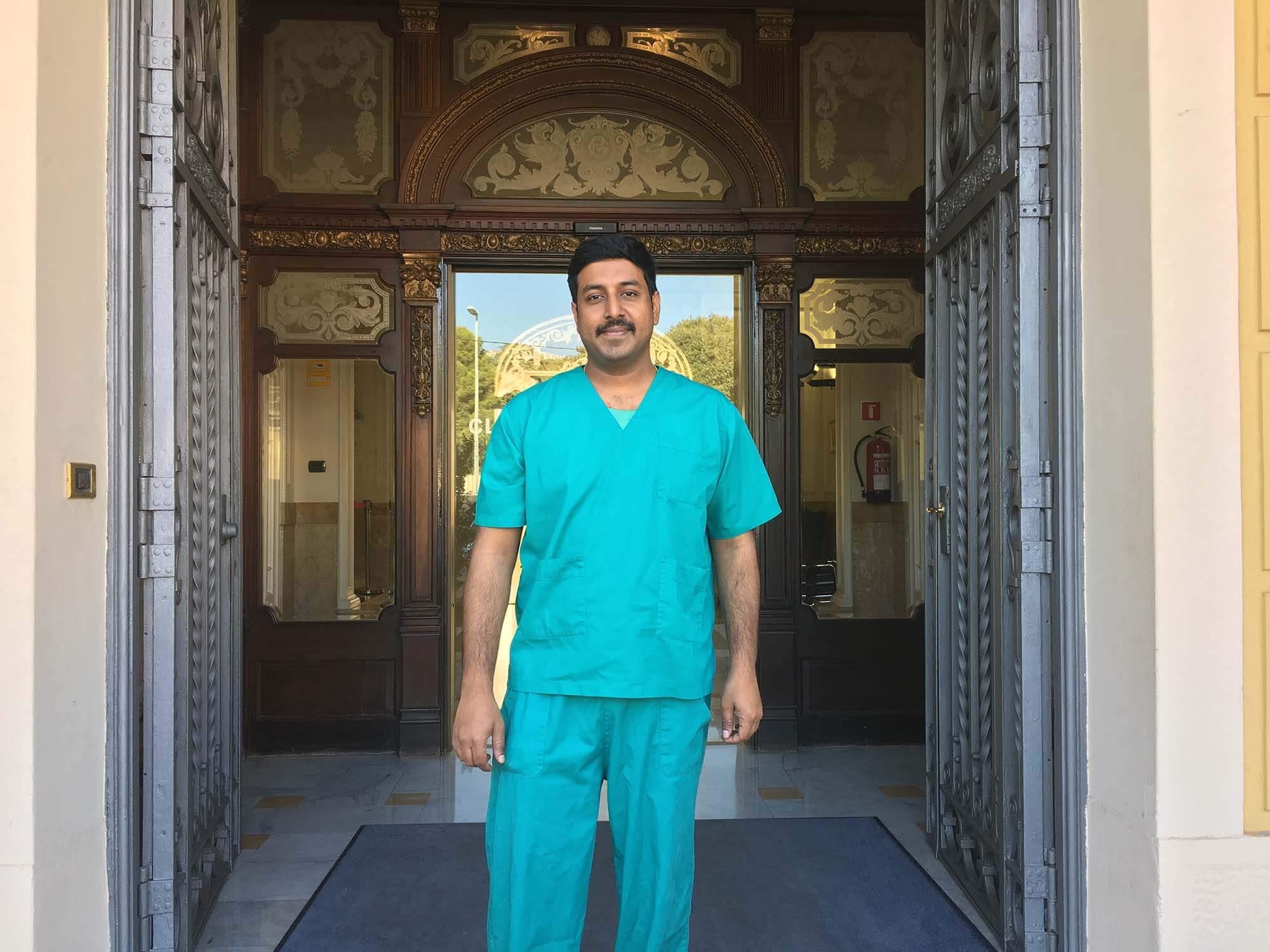 """Dr. Praneeth: """"Cuando vuelva a la India, quiero ser pionero en cirugías de pie y tobillo"""""""