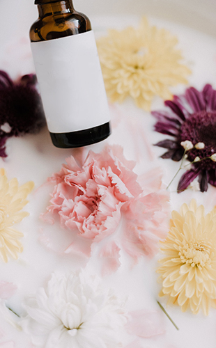 Múltiples usos terapèutics de les flors de temporada